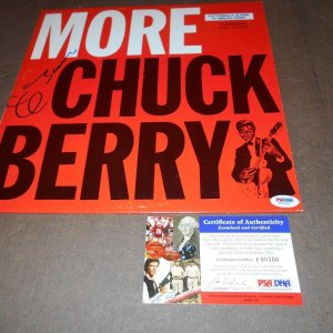 "Chuck Berry PSA Signed #F90350 ""More Chuck Berry""CHESS1465  green/orange lbl"