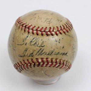 1946 Boston Red Sox Team-Signed OAL (Harridge) Reach Baseball 20 Sigs. Incl. Ted Williams (MVP)