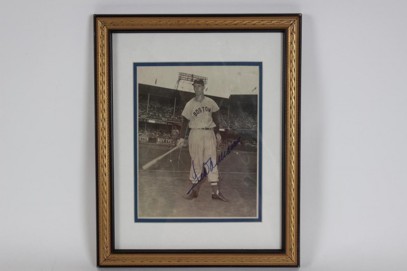 Boston Red Sox - Ted Williams Signed Vintage 8x10 Photo Display - JSA