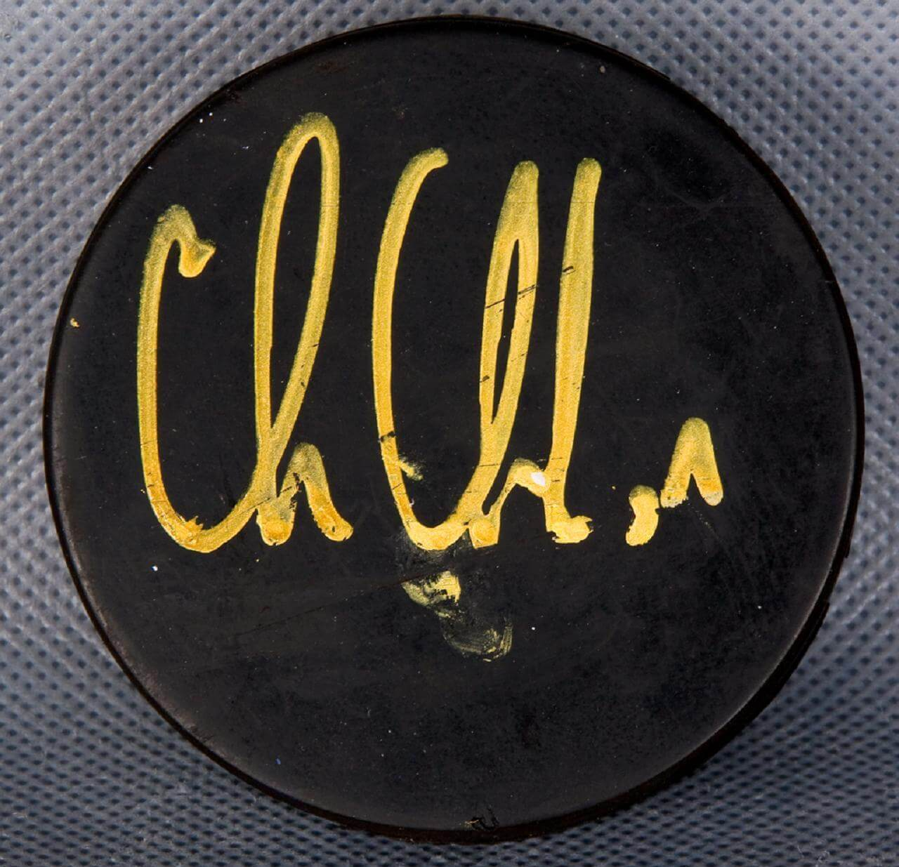 Detroit Red Wings Chris Chelios Signed Hockey Puck Coa