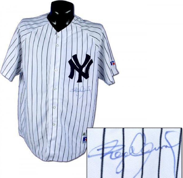 Roger Clemens Signed Yankees Jersey.