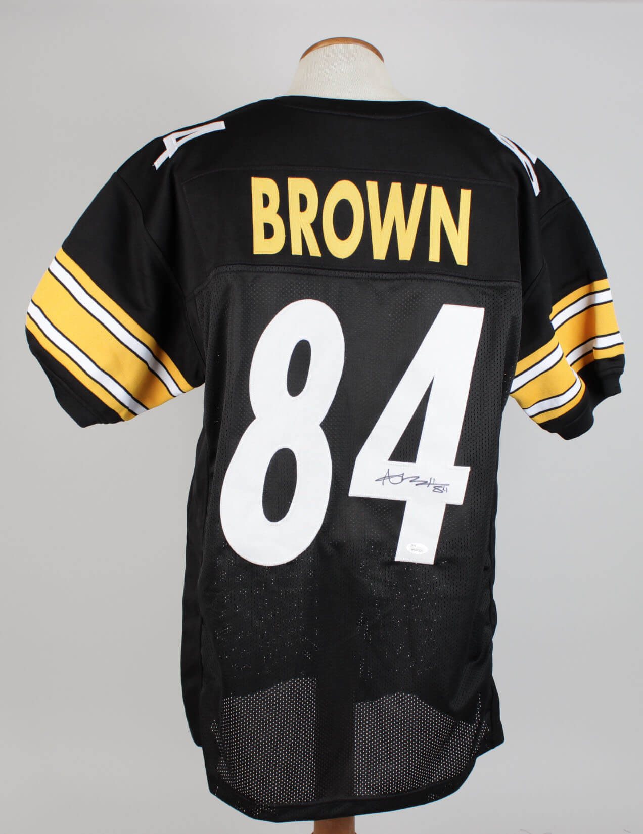 Antonio Brown Steelers Signed  Inscribed (84) Home Jersey Signature Grades 9-1084027_01
