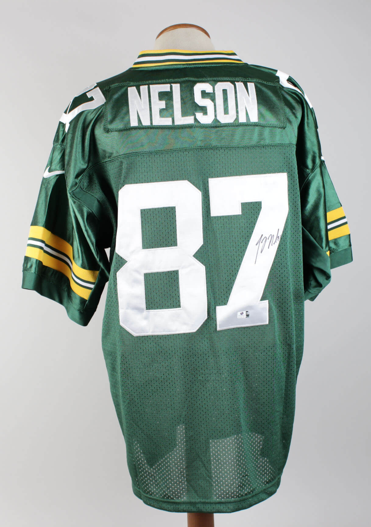 Jordy Nelson Packers Signed Home Jersey85105_01
