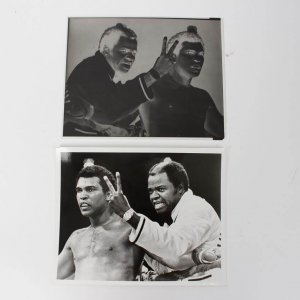 "Muhammad Ali with Bundini Brown Original 8x10 Photo with Negative Used for Trading Card ""Everyone Sees"