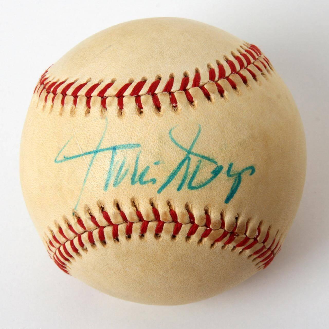 Vintage Willie Mays Signed OAL( Mac Phail) Spalding Baseball (75160)