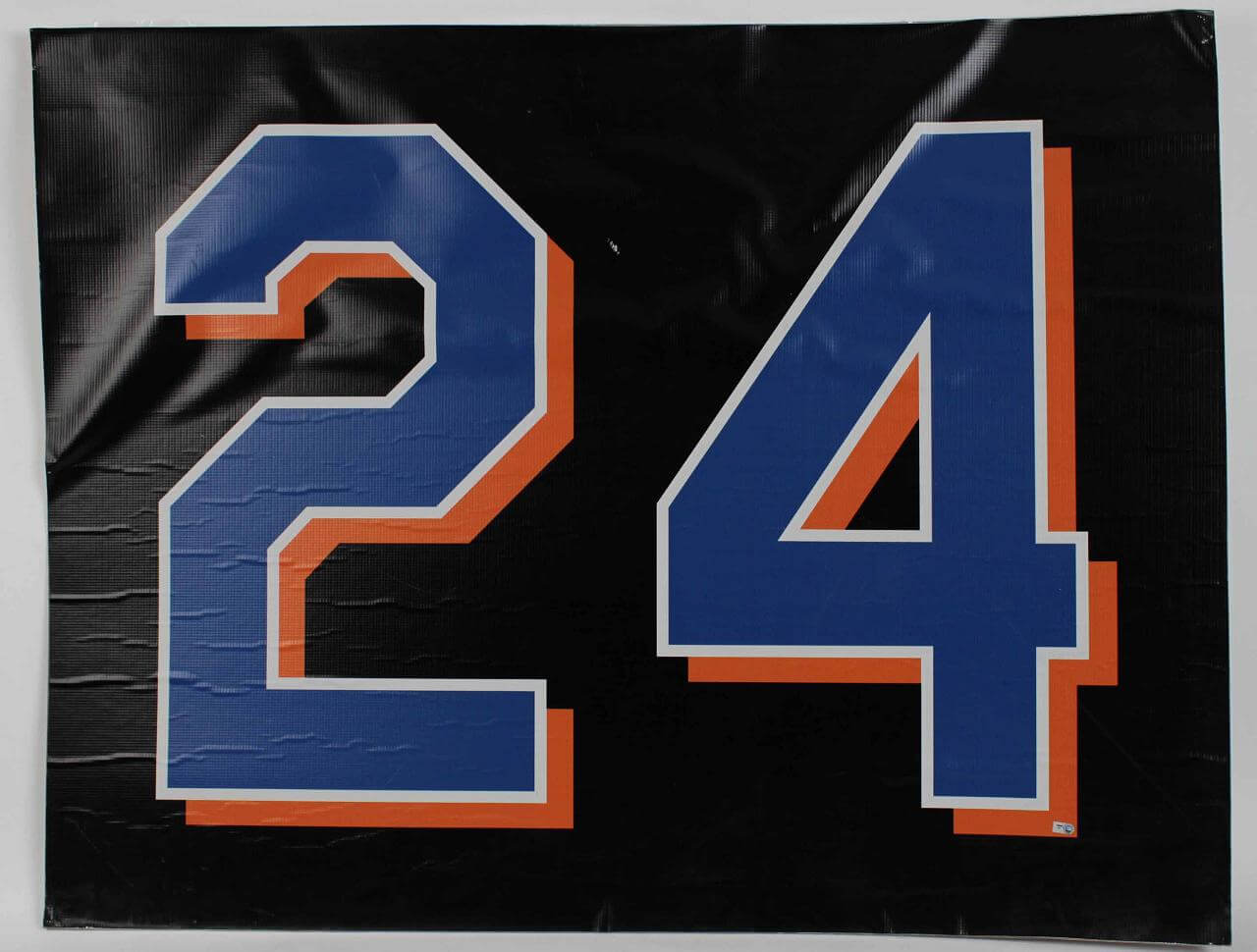 New York Mets Game Used 44x34 Vinyl Shea Stadium Game Countdown Sign Final Season (08/11/08) vs Pirates (Team Letter)