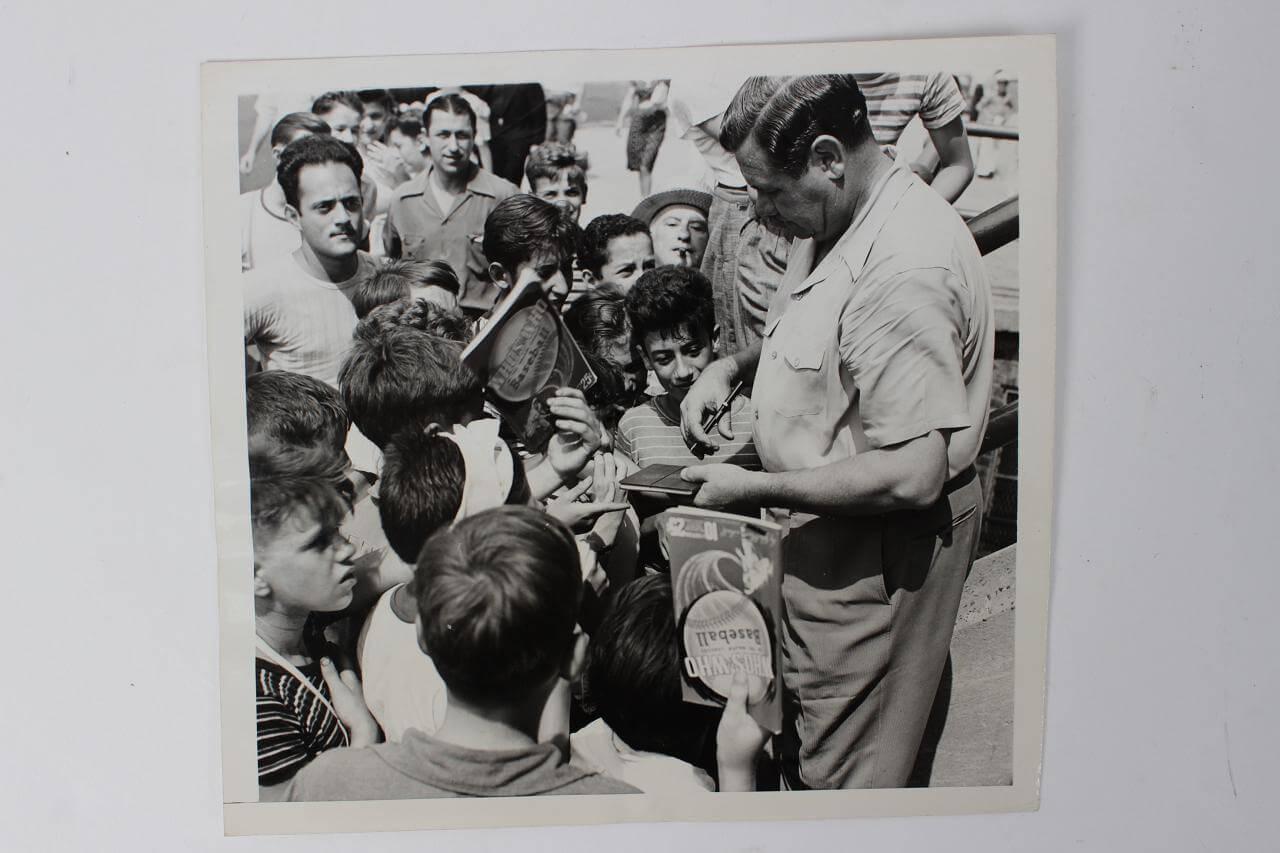 1942 New York Yankees - Babe Ruth Original Wire News Photo