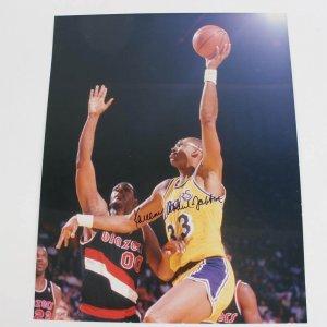 Los Angeles Lakers - Kareem Abdul-Jabbar Signed 16x20 Color Photo - JSA