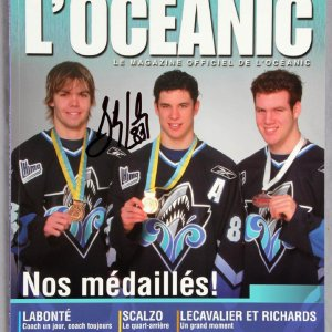 Sidney Crosby Signed 2004/2005 Season Oceanic Official Team Magazine