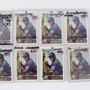 Montreal Expos - Vladimir Guerrero Signed Autographed Card Lot (8) - All 1996 Bowman Rookies (#90)