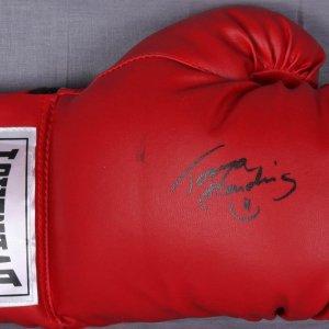 Tonya Harding Signed Everlast Red Boxing Glove - Photo Signing