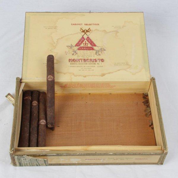 Pre-Embargo Pre -Castro Monte Cristo Habana Dinhill Selection Supreme No 1 Hand Made In C .u. b. a. Box