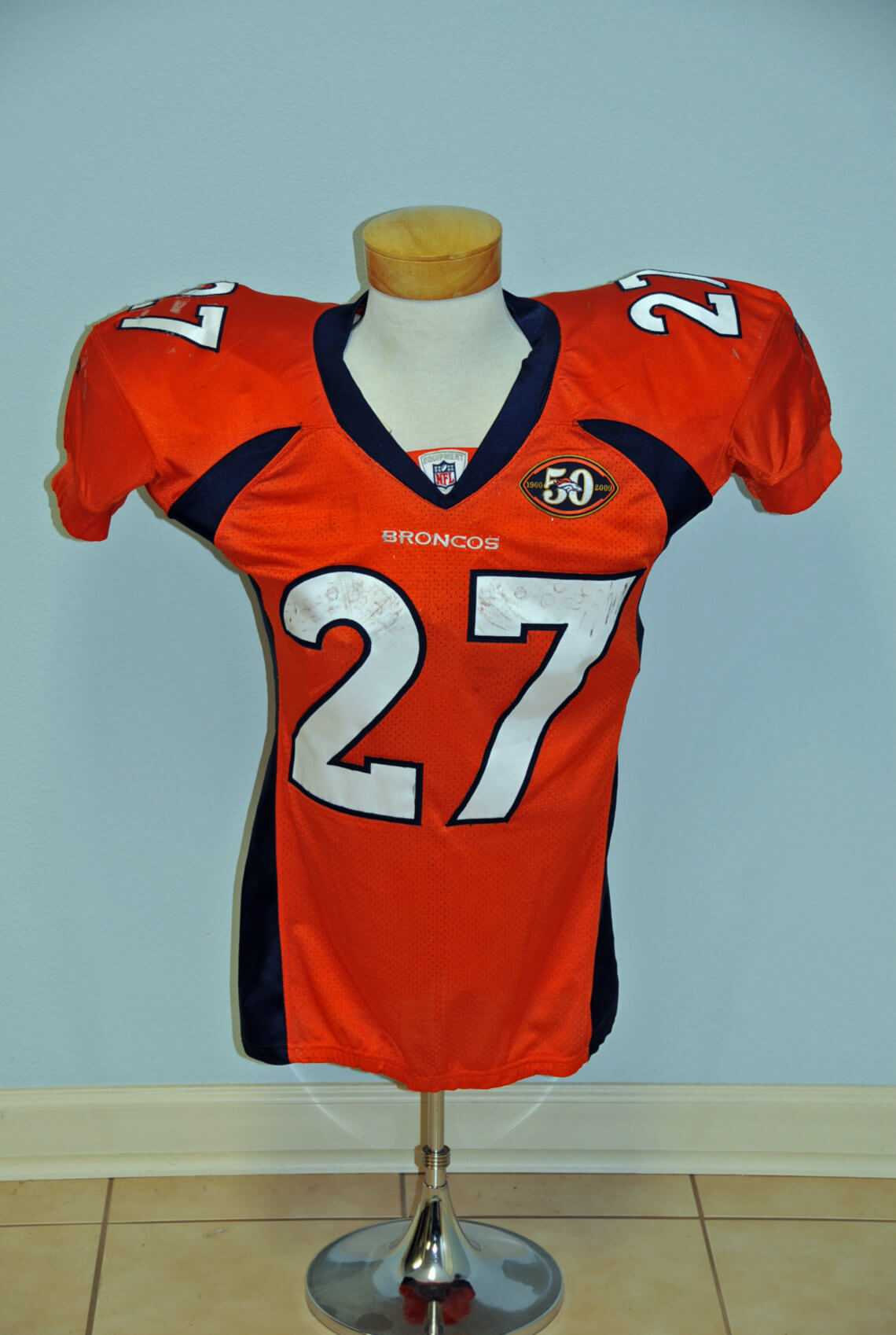 2009 Denver Broncos - Knowson Moreno Game-Worn ROOKIE Alternate vs Cowboys (NFL Auctions COA)