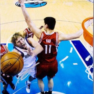 Dallas Mavericks - Dirk Nowitzki Signed 11x14 Photo Signed at the St. Regis Hotel SF.