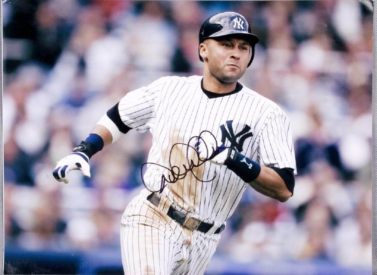 Derek Jeter Signed Yankees 11x14 Photo