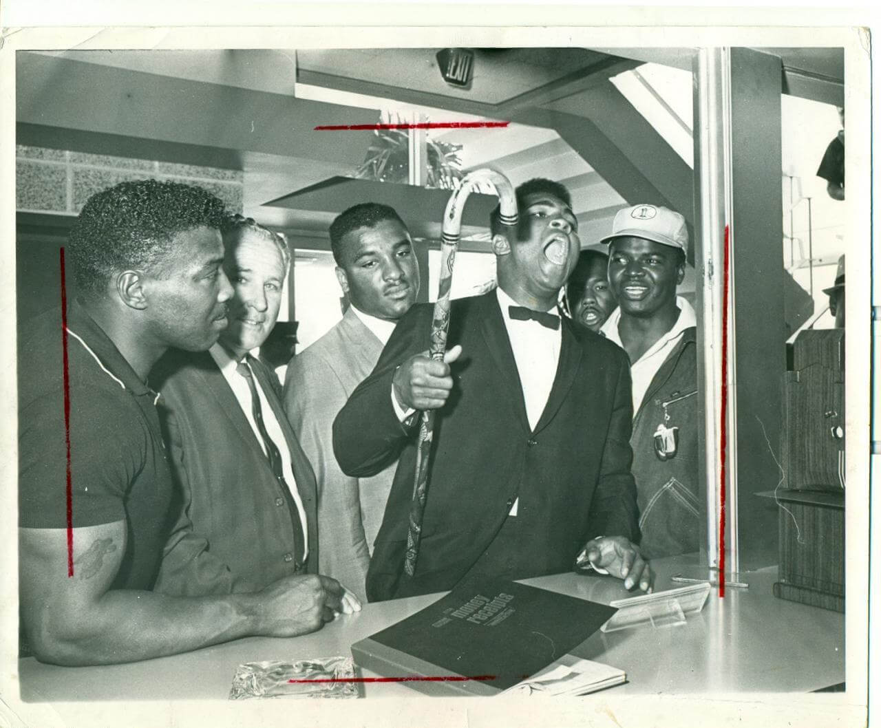 1964 Cassius Clay (aka Muhammad Ali) Vintage B&W 8x10 Photo by Photographer Eli Silverberg (Stamped)