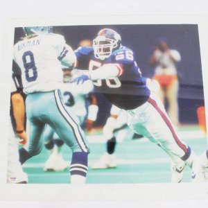 NY Giants Lawrence Taylor Signed 21 1/2 X 19 Canvas Art Display