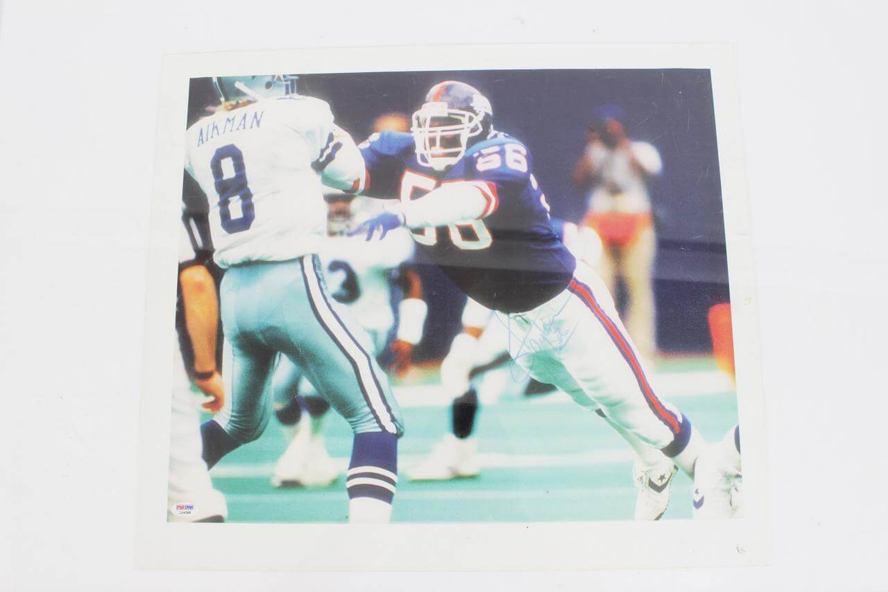 Lawrence Taylor Signed Canvas Art Giants - COA PSA/DNA