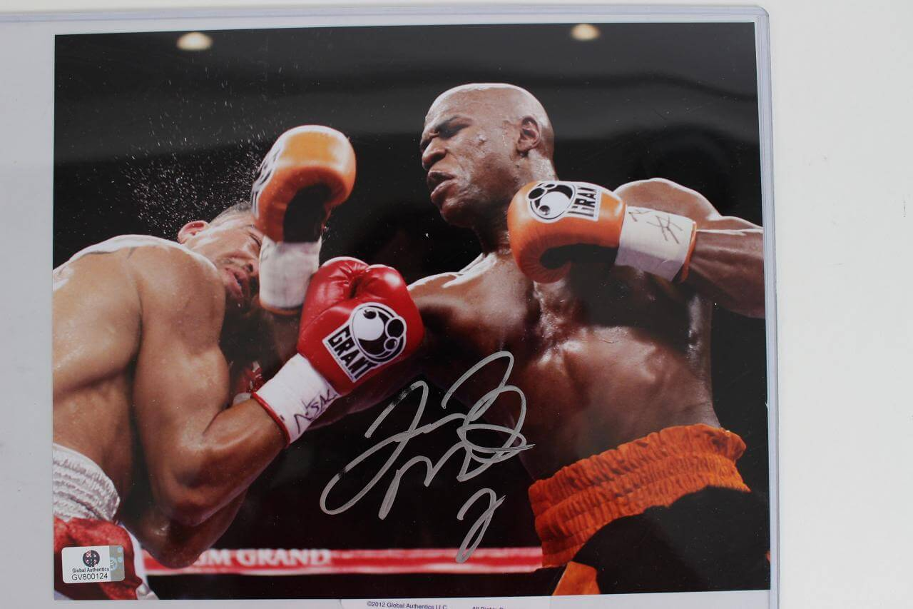 Boxing Champ - Floyd Mayweather Signed 8x10 Color Photo (GAI COA)