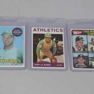 Trio Oakland Athletics HOFer Topps Rookie Cards - '65 Catfish Hunter