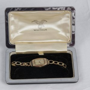 Vintage Antique Ladies Waltham Wristwatch with Watch Box Case