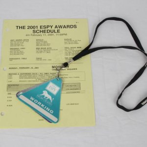2001 ESPY Awards Official Call Schedule Sheet - Signed by Samuel L. Jackson with Working Credentials From Event