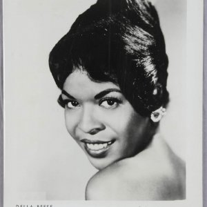 8x10 Photo of Della Reese - A Jazz and R&B Singer