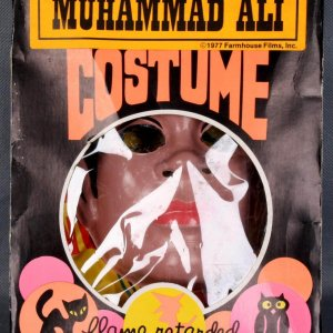 1977 Farm House Films, Inc. - Muhammad Ali Halloween Costume with Box