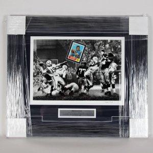 H.O.F.er -Colts- Johnny Unitas Signed Card With Photo 24x29 Display - COA JSA
