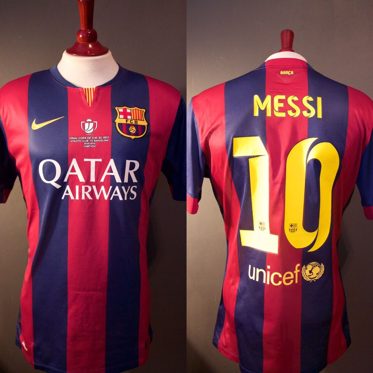 bbf64e114ef A Lionel Messi Game-Used   Unwashed  10 FC Barcelona Home Shirt ...