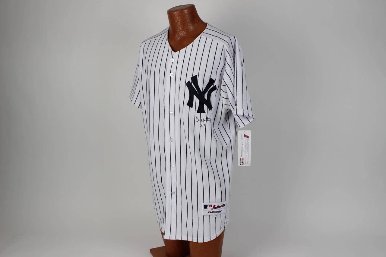 Yankees Mickey Mantle No. 7 Autographed 11x14 Photo Display COA Louis Avon