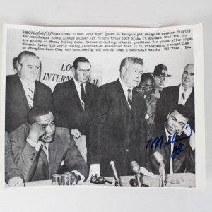 9/14/64 Muhammad Ali Signed 8x10 Wire Photo