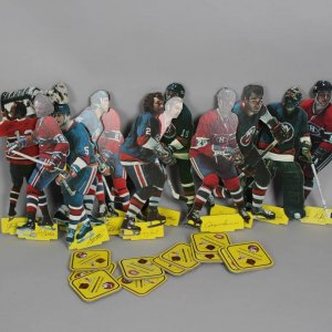 NHL Vintage 1970s Hockey Heroes Stand-Up Players Lot of 12