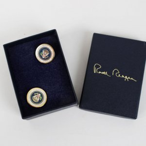 White House - President Ronald Reagan - Cufflinks In Box (Feat. Engraved Signature)