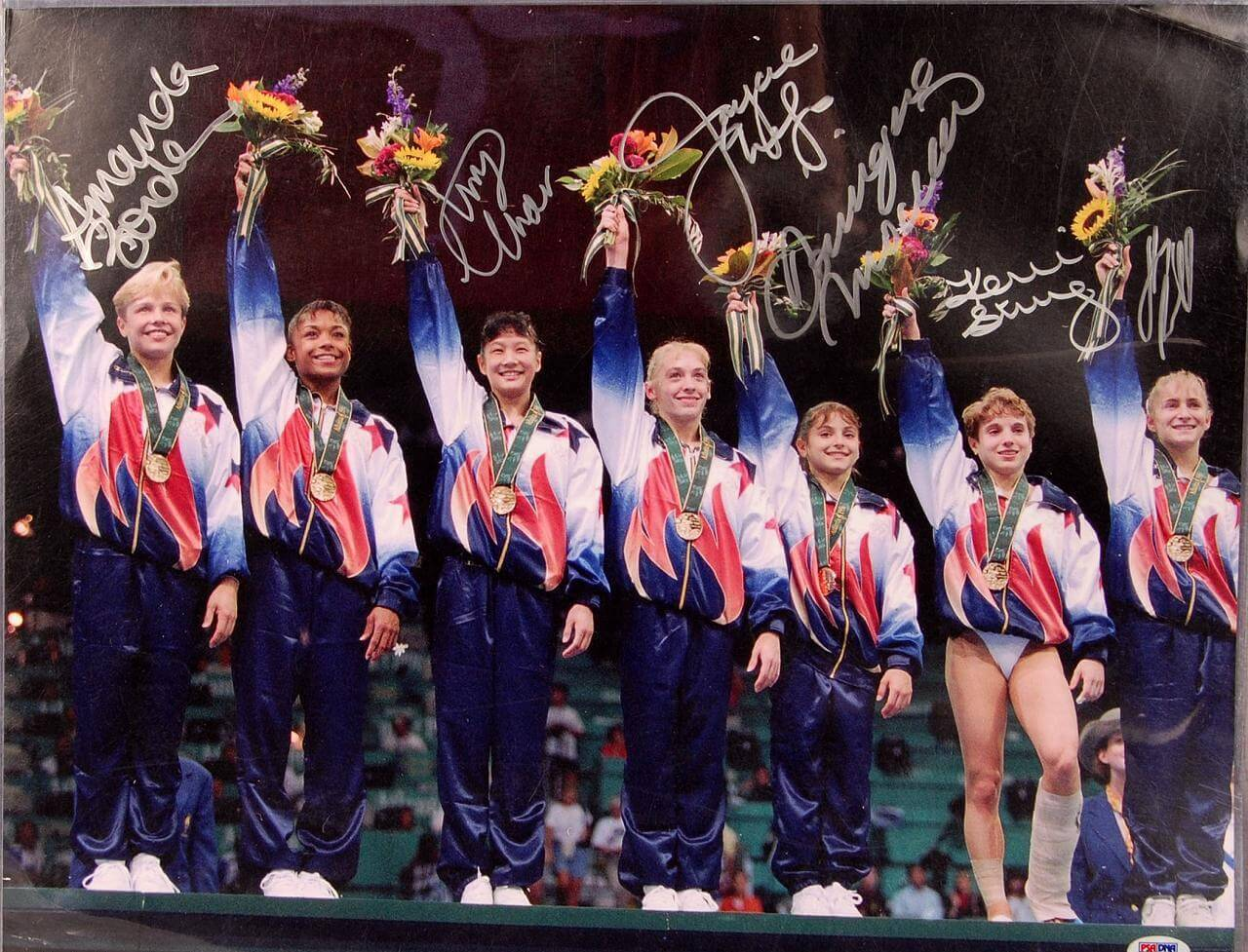 1996 Women's Olympic Gymnastics Team Autographed by DOMINIQUE MOCEANU and 5 others.72528_01_lg