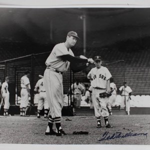 Boston Red Sox Ted Williams Signed 16x20 B&W Batting Photo