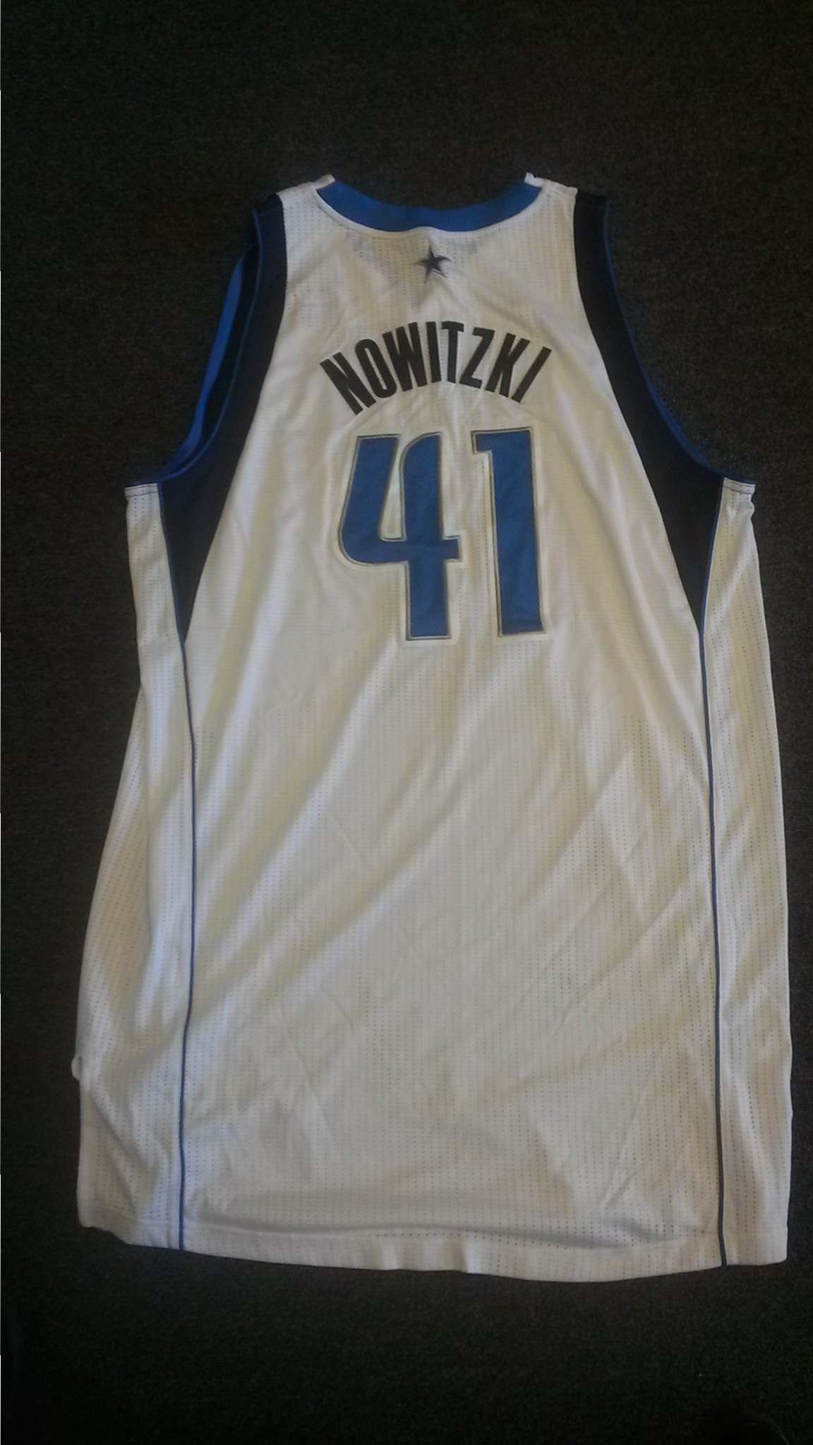 sports shoes 52151 f21c3 NBA and NFL Game-Worn, Game-Used Jerseys in 2016 ...