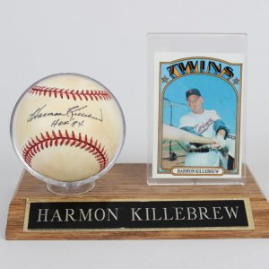 Twins Harmon Killebrew Single Signed & Inscribed (HOF ' 84) OML Baseball & 72 Topps Card Display
