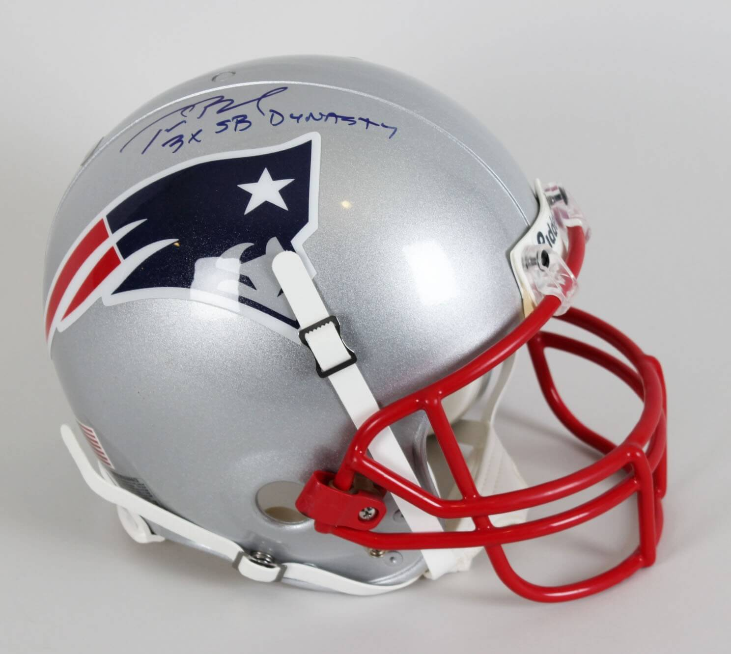 huge discount 9bdfb 2ad15 New England Patriots Tom Brady Signed & Inscribed Game-Issued Helmet - COA  TriStar