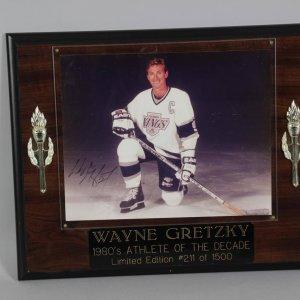 wayne gretzky signed photo