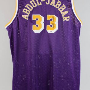 Lakers Kareem Abdul Jabbar Signed Jersey (PSA)