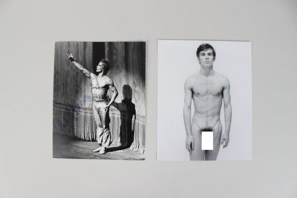 """Le Corsaire"" Ballet Performer Rudolf Nureyev Signed 8x10 Photo - JSA Full LOA"