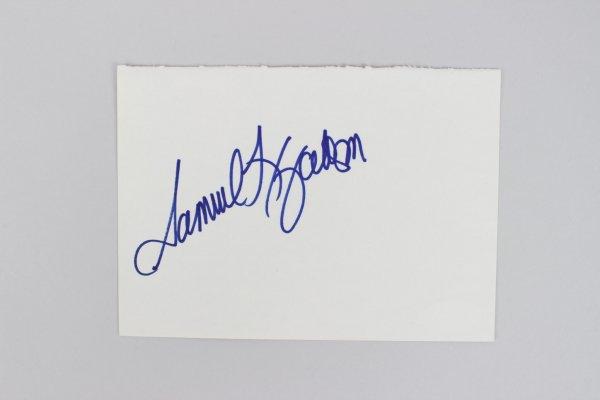 Actor Samuel Jackson Signed 4x6 Cut (JSA)