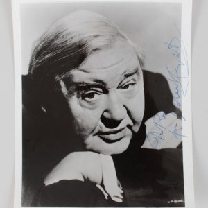 Actor - Charles Laughton Signed 8x10 Photo (JSA)