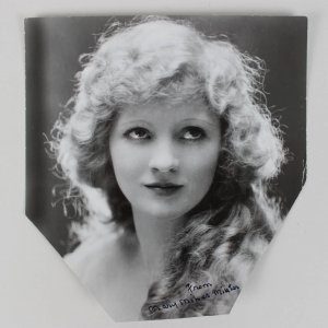 Silent Film Actress - Mary Miles Minter Signed 7x7 Photo (JSA)
