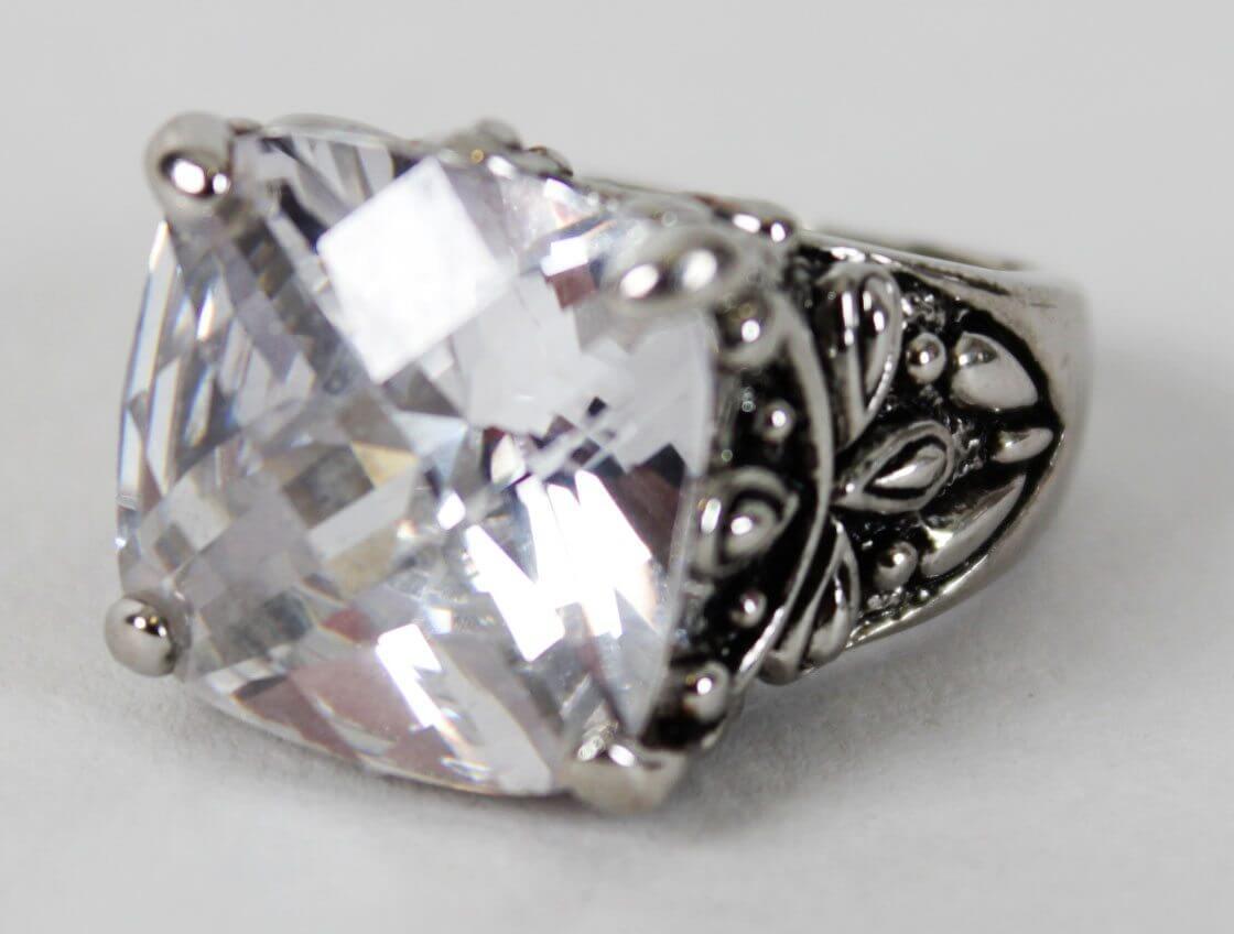 Warrant Rock Band - Jani Lane Personal Zirconia Diamond Ring (Provenance LOA )