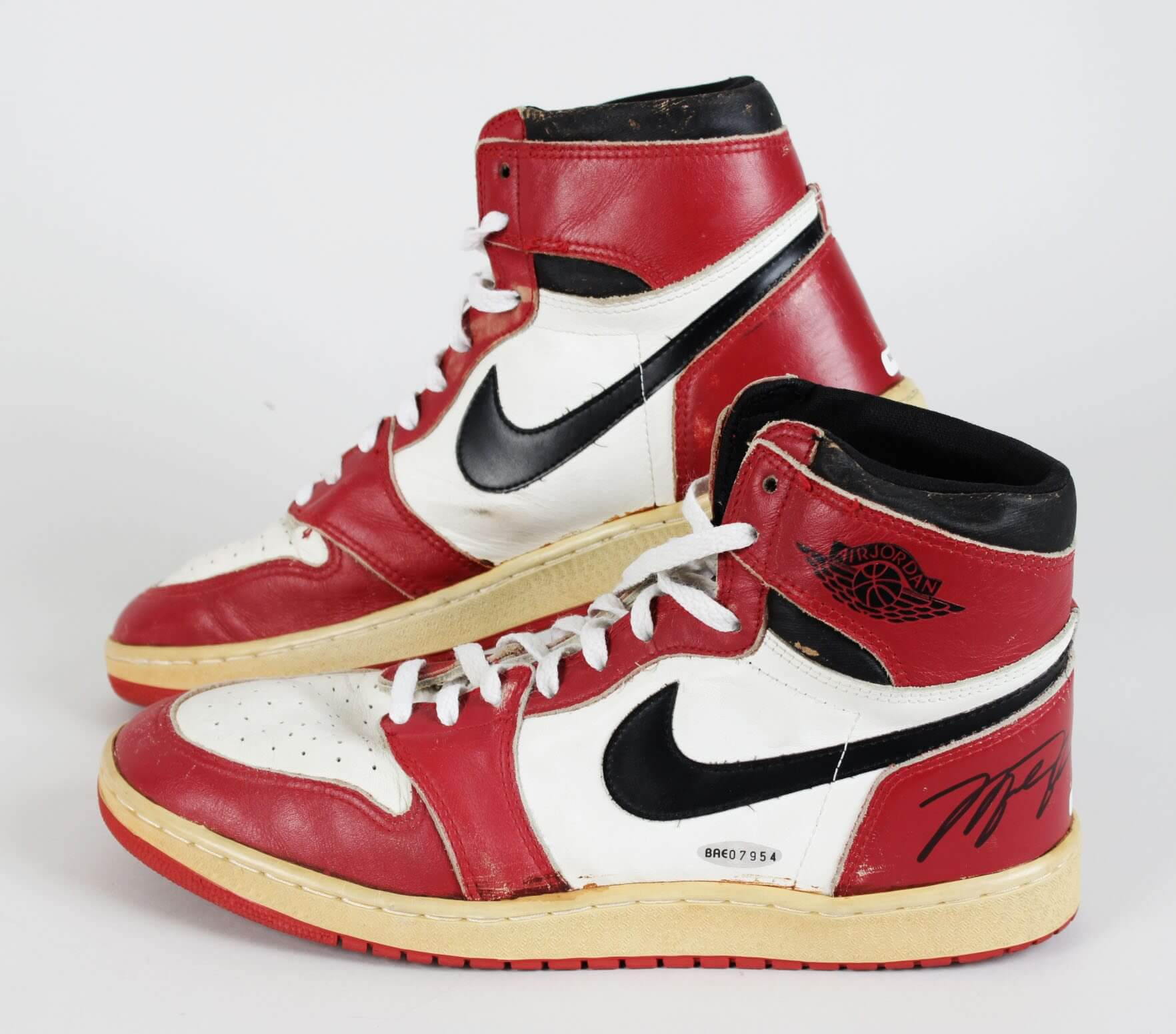 1985-86 Chicago Bulls - Michael Jordan Game-Worn, Signed Air Jordan I