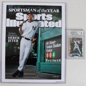2012 Topps Chrome - Yankees - Derek Jeter Atomic Refractor 8/10 Baseball Card