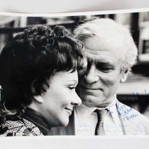 Joan Plowright & Laurence Olivier Signed & Inscribed Neil Libbert Photo- JSA