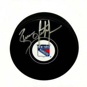 New York Rangers Brian Leetch signed puck